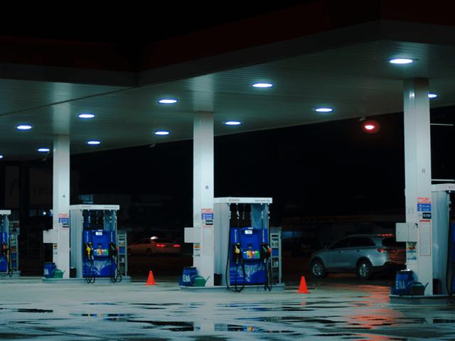 A Garage that Serves E10 Fuel